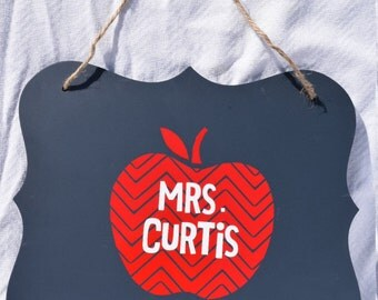 personalized teacher gift classroom chevron apple hanging sign decoration