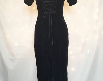 Black Velvet Corset Back Maxi Dress with Scoop Neck and Short Sleeves - Long Gothic Gown - Vintage Black Goth Dress with Corset Back