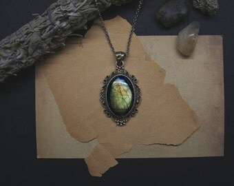 Labradorite necklace with yellow crystals - Genuine gren and golden gemstone amulet // occult, witchcraft, ritual stone
