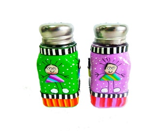 Salt and pepper shakers, gift idea for mom,home gifts,serving,set of salt and pepper shaker, glass and polymer clay,whimsical salt shakers