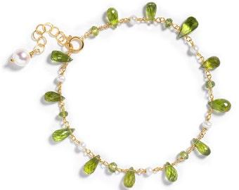 Peridot, White Freshwater Pearl Gemstone Bracelet in 14k GF, August Birthstone, Green, Single Strand
