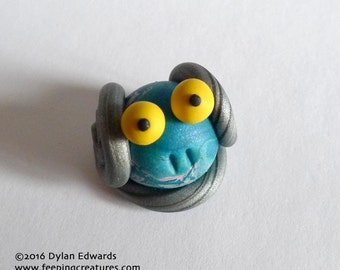 Round Bug-Eyed Monster - Feeping Creatures monster figurine