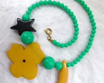 Strange Blooms Acrylic Necklace - Flower  Squash and Star Green Beads Choker Necklace Vintage 1972