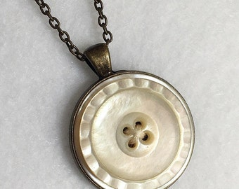 Mother Pearl Button Bezel Necklace