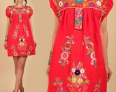ViNtAgE Mexican EMBROIDERED MiNi Dress // Red Cotton Tunic Dress // Floral Artisan Made HiPPiE BoHo Festival Flowers Large L