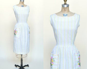 Vintage Dress XL --- 1960s Striped Dress