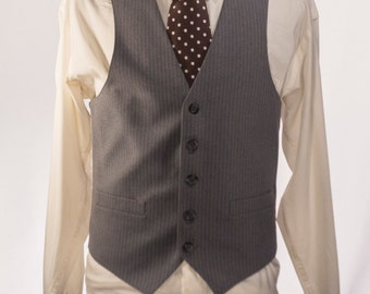 Men's Suit Vest / Vintage Grey Pinstripe Waistcoat / Size 37 - 38 / Small - Medium