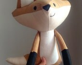 Happy fox doll / Peluche décorative renard