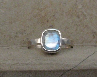 Rainbow Moonstone Ring in Sterling Silver - Faceted Moonstone Ring - Hammered Silver Band Blue Moonstone Ring in Size 7.5 -