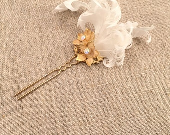 Rococo hair ornament, gold flowers and white feathers