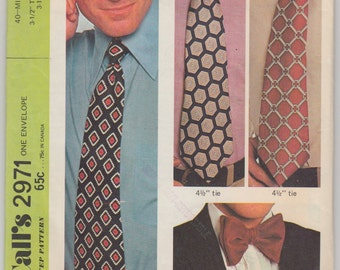 Vintage Sewing Pattern 1970's Dress Neck and Bow Ties for Men McCall's 2971