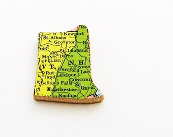 1940s Vermont & New Hampshire Brooch - Pin / Unique Wearable History Gift Idea / Upcycled Vintage Wood Jewelry / Timeless Gift Under 25