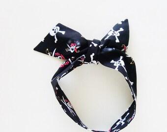 Black Pirates Head Scarf / Hair Accessory / Neck Scarf / Handbag or Walker Adornment / Gasparilla Rockabilly Scarf / Gift Under 20
