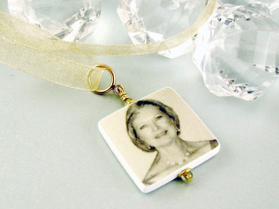 Bridal Bouquet Memorial Photo Charm - Med - BC2Gfa