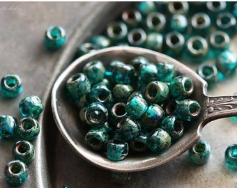 TEAL SEED BEAD No. 3 .. 100 Glossy Picasso Czech Glass Seed Beads Size 6 (4650-g)
