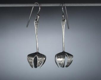 SALE Silver flower earrings