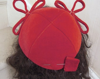 1940s WWll Era CAROLINE Red Velveteen Cap Topper Hat Bow Accent Matching Hatpin