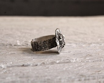 Real Flower Ring -Sterling silver Flower Ring-Statement Ring-Nature Cast Jewelry -Flower Jewelry-Sterling botanical ring