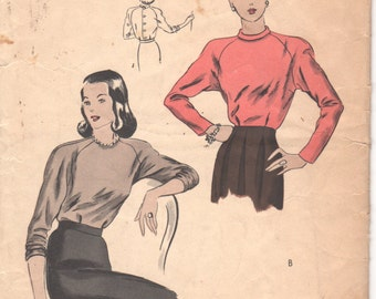 1940s Vogue 5522 Misses Easy Back Button Blouse Pattern Raglan Sleeve Push Up Sleeves Womens Vintage Sewing Size 14 Bust 32