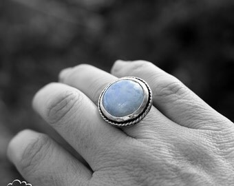 Moonstone chunky sterling silver ring - Saturn Ring -