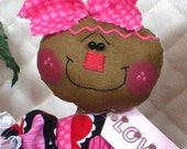 "Primitive Raggedy 2016 ""COOKIE"" Valentines Day~w/heart ornie~14"" doll"