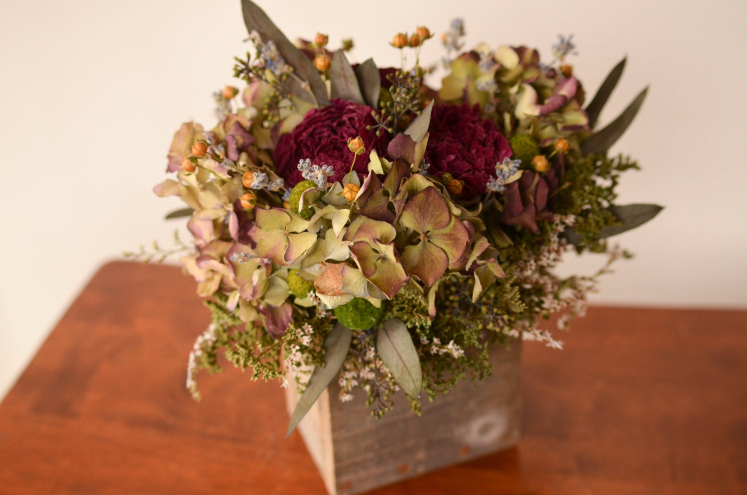 Burgundy hydrangeas centerpiece arrangement desktop flowers