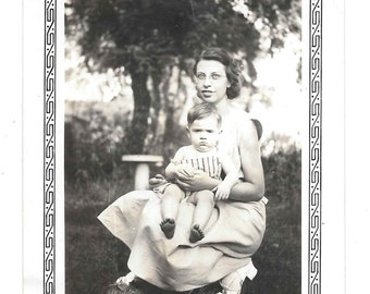 That Face vintage photo Pretty Woman Somber Baby 1930s snapshot