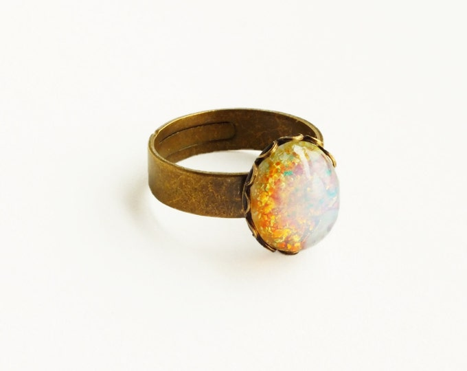 Opal Ring Vintage Glass Harlequin Fire Opal Ring Pink Opal Ring Adjustable Ring Pink Glass Ring Opal Jewelry Iridescent Glass Ring