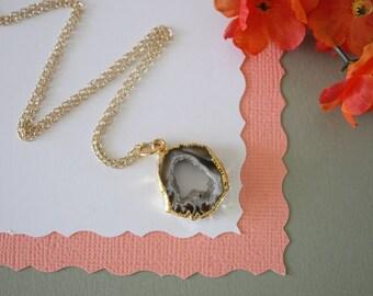 Geode Necklace, Druzy Necklace Gold, BoHo Necklace, Crystal Necklace, Geode Slice, Gold Slice Druzy,GCH53