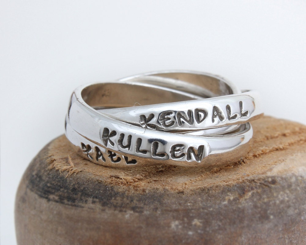 gift for mom name ring bands personalized with by. Black Bedroom Furniture Sets. Home Design Ideas