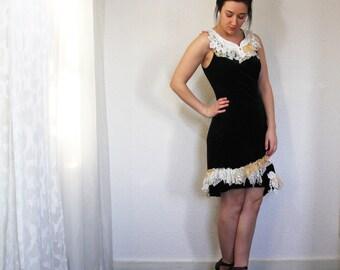 upcycled clothing . XS - S . velvet dress . interlude