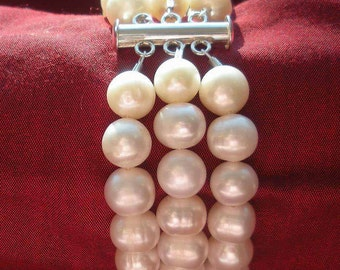 multistrand pearl bracelet * bridal bracelet * bridesmaid bracelet * mother of the bride bracelet