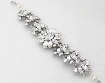 Swarovski Bridal bracelet, Crystal Wedding bracelet, Cuff bracelet, Bridal jewelry, Statement bracelet, Antique silver bracelet, Vintage