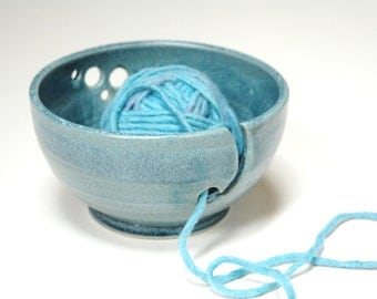 Pottery yarn bowl,teal knitting tool,turquoise clay bowl,stoneware accessory,knitting lovers gift,wheel thrown bowl,deep blue pottery,
