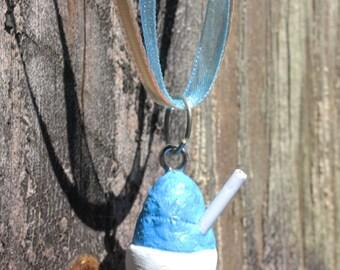 Snoball necklace New Orleans light blue