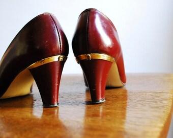 Vintage Etienne Aigner Antic Red Oxblood Heels