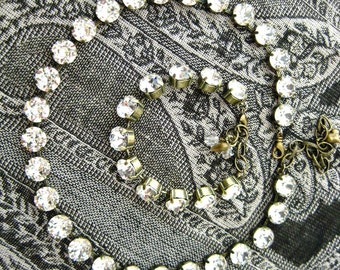 Swarovski Crystal Necklace, 16 Inch 28 Stone 48ss Clear Crystal Rhinestones, Anna Wintour Inspired, Big Stones Layering Necklace, Bridal