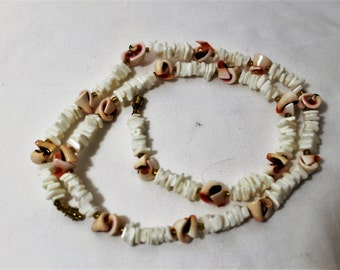 Vintage Puka Shell Chip Necklace in Pink and White