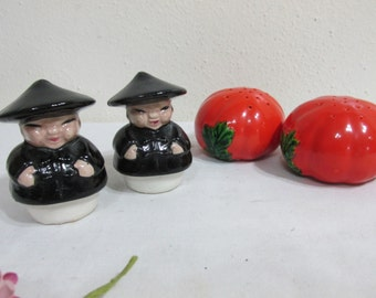 Salt and Pepper Shakers 2 Sets from the 40s