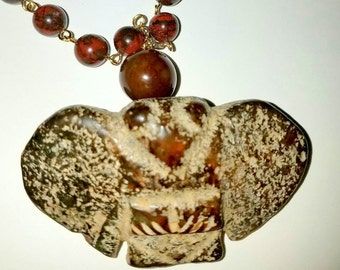 Old Carved Jade Bird Pendant with  Beaded Bloodstone Necklace