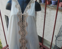 Vintage 1960s Emilio Pucci for Formfit Rogers Champagne Nightgown M/L