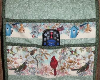 Quilted Armchair Caddy, Bedside Caddy, Birds, Robin, Cardinal, Hummingbird, Wren