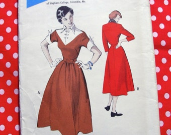 UNCUT * 1950's Butterick Pattern 5477  -  Vintage 1950s - Stephens College Student Designed Casual Dress - Size 13..bust 31