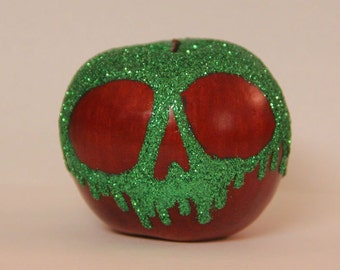 Life Size Snow White Poison Apple