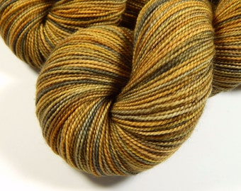 sock yarn, hand dyed - sock weight superwash merino wool yarn - riverbed (variation) - knitting yarn, fingering hand dyed yarn, gold