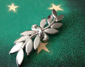 MONET Leaf Brooch