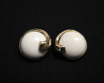 Vintage Round Gold Tone and White Lucite Swirled Wave Clip Earrings