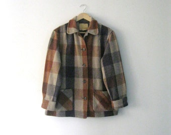 Vintage 60s Womens Bemidji Woolen Mills coat / Autumn plaid jacket / Folk Rustic Northwoods Fall coat