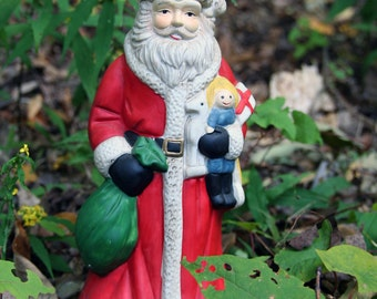 "Vintage Old World Santa ceramic figure plays music ""Here Comes Santa Claus"" nice gift!!"