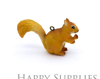 Last - 4pcs (CP03) Resin Squirrel Pendants / Charms - Clearance Sale